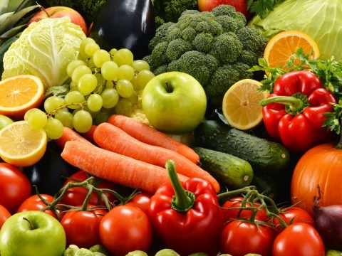 Szív- és érrendszeri halálozások millióit okozhatja az alacsony gyümölcs- és zöldségbevitel
