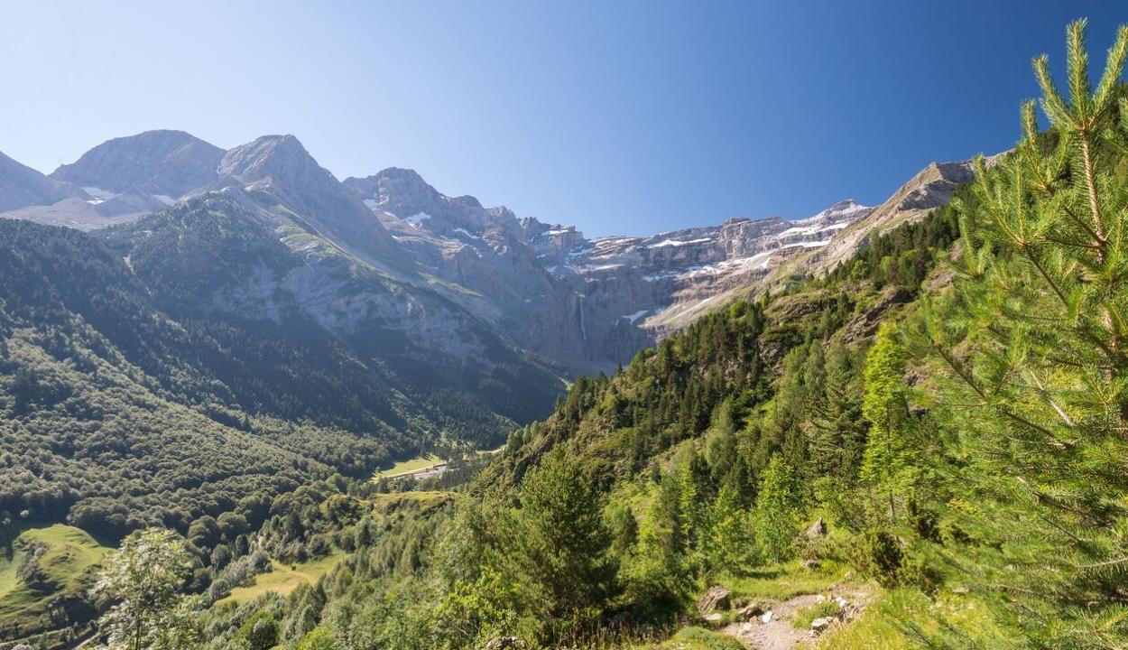 Az eddig védettnek hitt hegyvidéki területekre is eljutnak a szálló műanyagrészecskék
