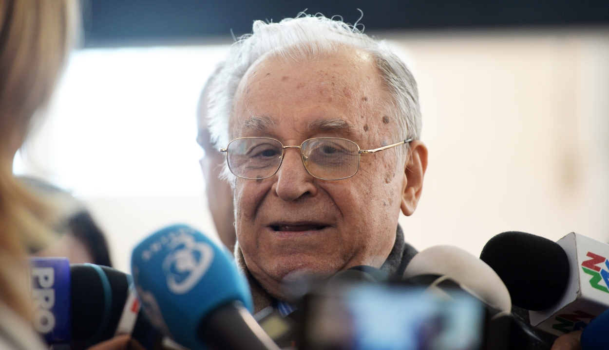 Megkezdődik a per a forradalom ügyében, bíróság elé állítják Ion Iliescut is