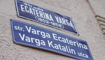Továbbra sem lehetnek kétnyelvű utcanévtáblák Marosvásárhelyen