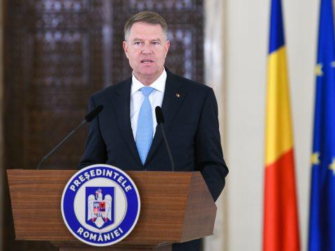 FRISSÍTVE: Johannis a külügyminiszter és a belügyi tárca vezetőjének azonnali menesztését kéri