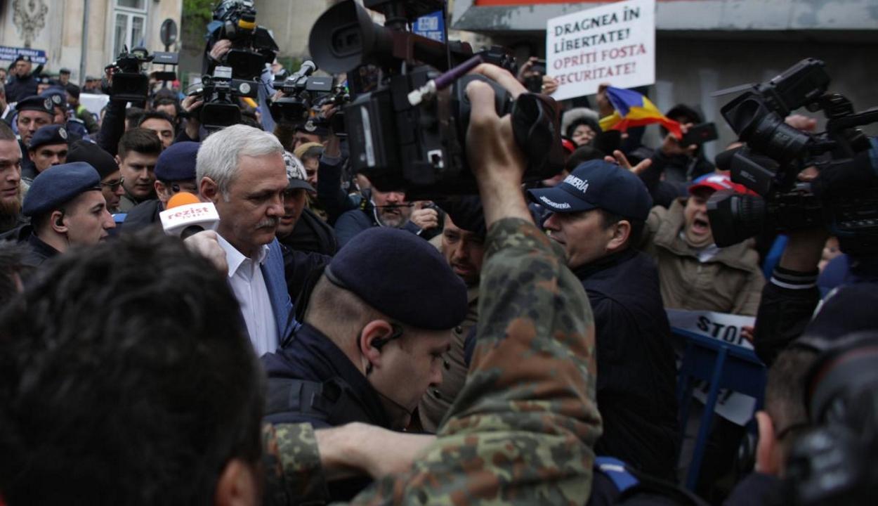 FRISSÍTVE: Újból kihallgatják Dragneát a fiktív alkalmazásokkal kapcsolatos ügyben
