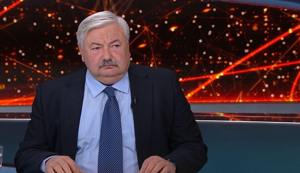 Lomnici: a román-magyar kapcsolatokra is kihatna, ha nem engednék szabadon Bekét és Szőcsöt