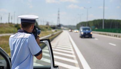 238 kilométeres óránkénti sebességgel száguldott egy férfi az A3-ason