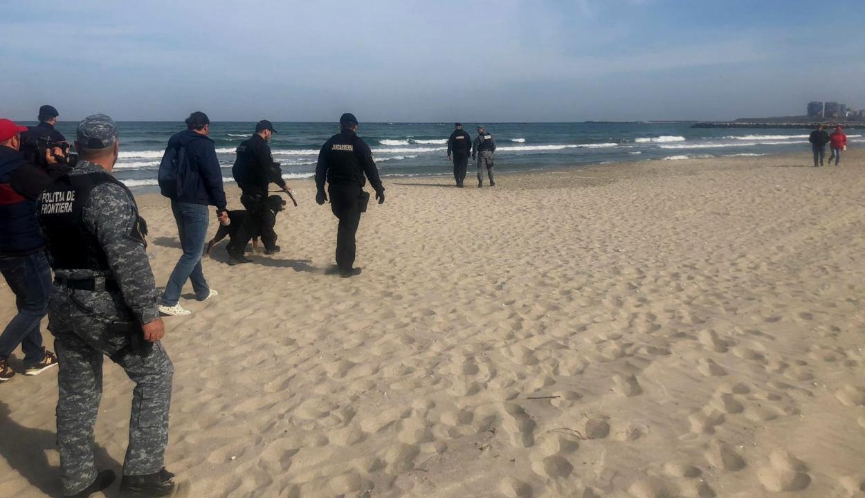 152 kilogramm kábítószert találtak eddig a román tengerparton