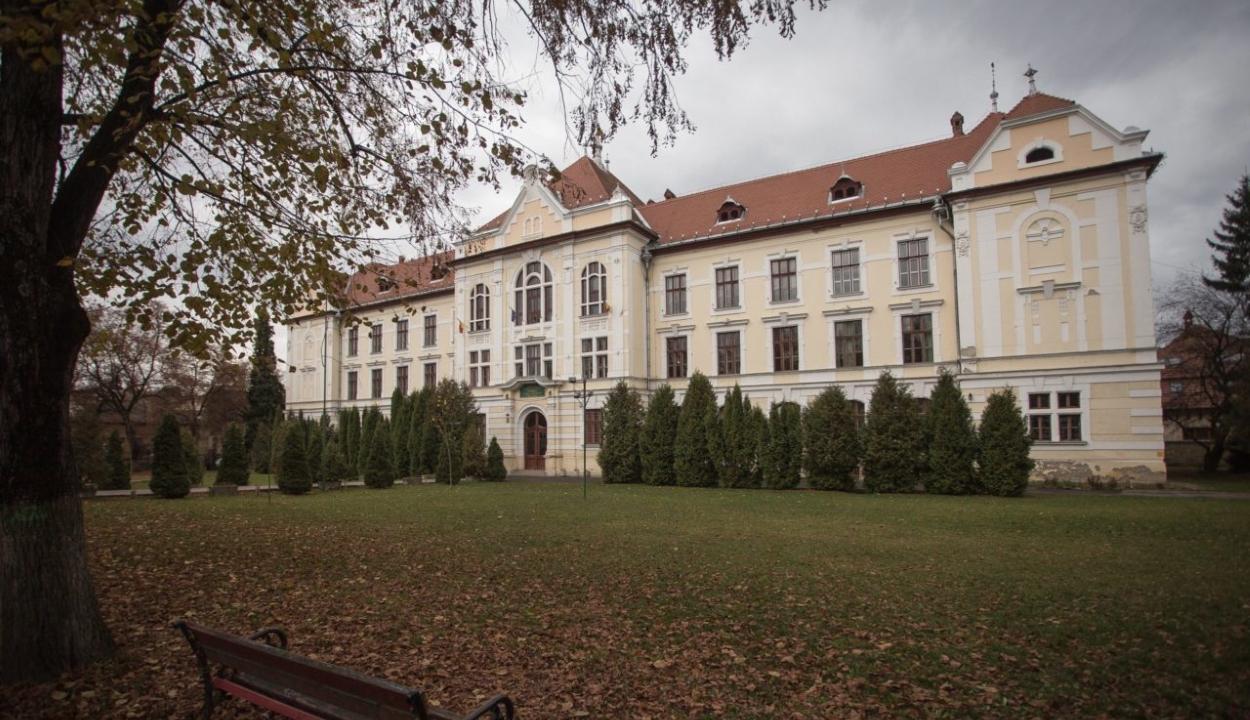Érvénytelenítette a bíróság a marosvásárhelyi katolikus gimnáziumot újralétesítő rendeletet