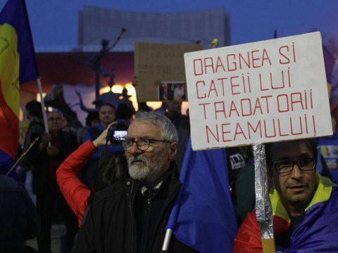 Ismét tüntettek Bukarestben a büntetőjogi törvények módosítása ellen
