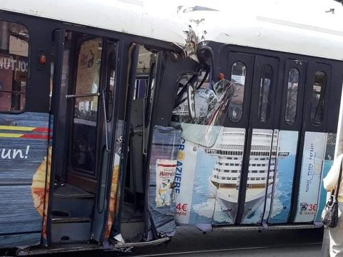 Vezető nélkül indult el és balesetet okozott egy villamos Temesváron