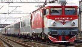 """A CFR figyelmeztet: """"A vasúti kocsik tetején való fotózkodás öl!"""""""