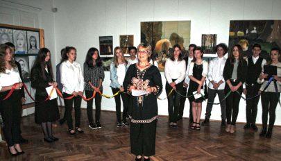 Ifjú művészek kiállítása