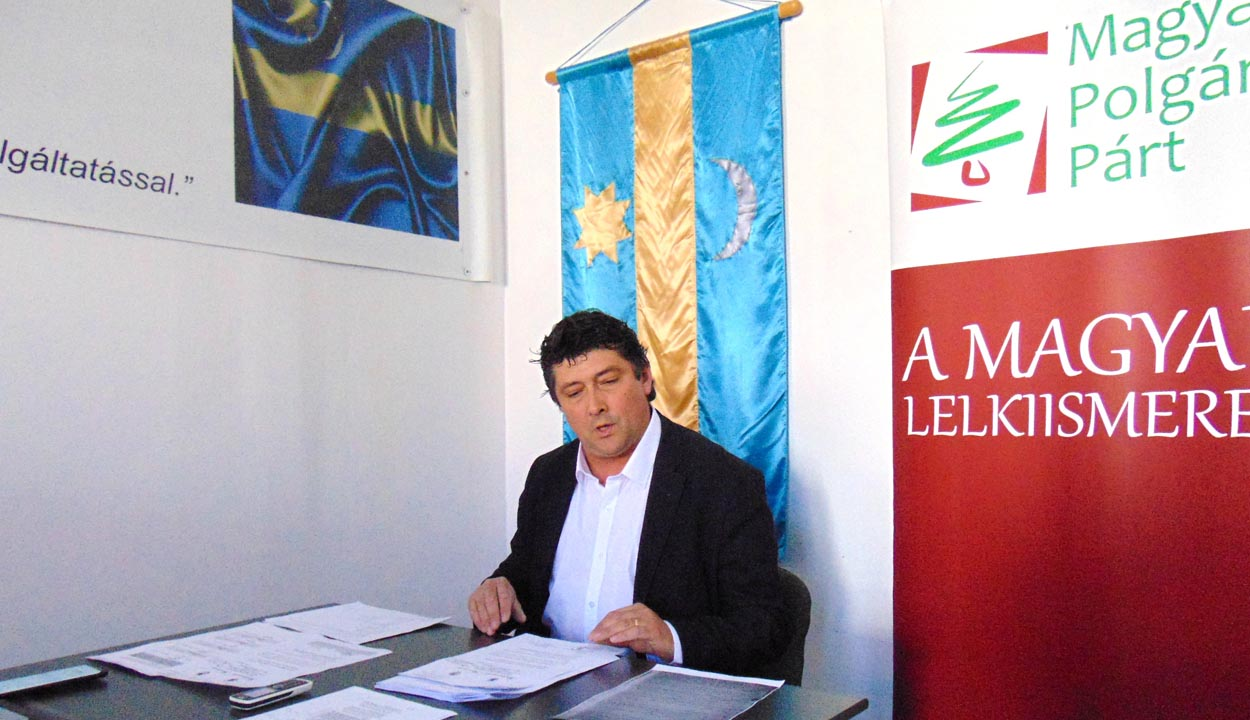 Román-magyar megbékélést kezdeményez Kulcsár-Terza József