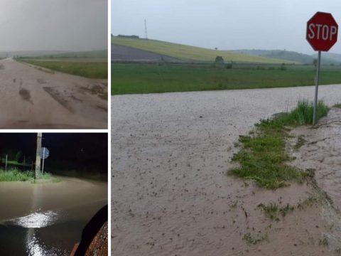 Áradások Maros megyében, több száz háztáji gazdaságot öntött el a víz