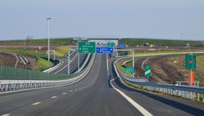 Átadták a forgalomnak a dél-erdélyi autópálya 22 kilométeres szakaszát