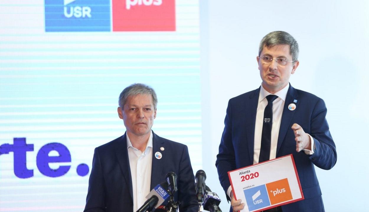 Az USR-PLUS Klaus Johannist támogatja a második fordulóban