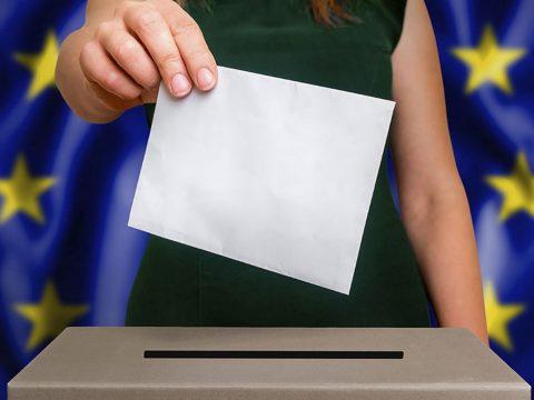 EP-választás: ma szavaznak Csehországban és Írországban