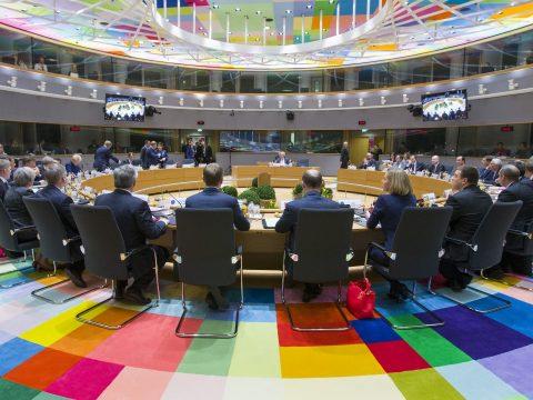 Rendkívüli informális találkozót tartanak az uniós tagállamok vezetői