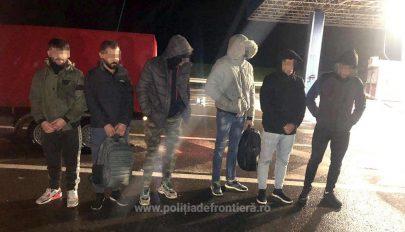 Hat iraki férfi próbált Magyarországra jutni egy kamionba épített dupla fal mögé rejtőzve