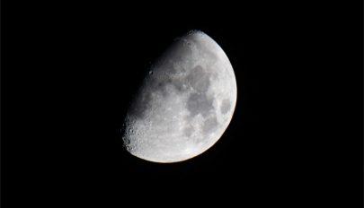 Káprázatos videó készült a Holdról