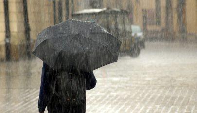 Felmelegedés és további esőzések várhatók a következő két hétben