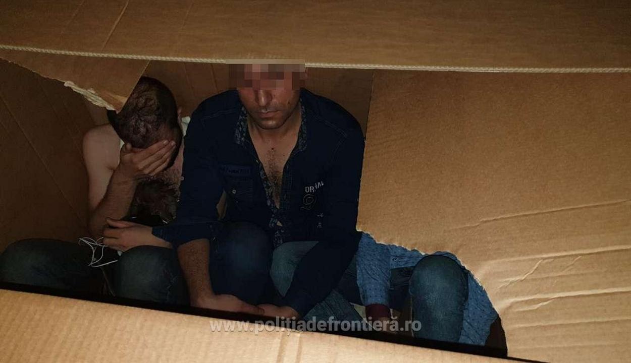 Kartondobozokban próbált átjutni a határon 14 iraki állampolgár
