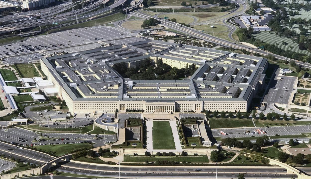 Karanténba vonult a Pentagon több vezetőségi tagja
