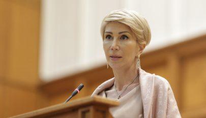 A miniszterelnök-helyettes szerint felháborító a 74.000 lejes nyugdíj