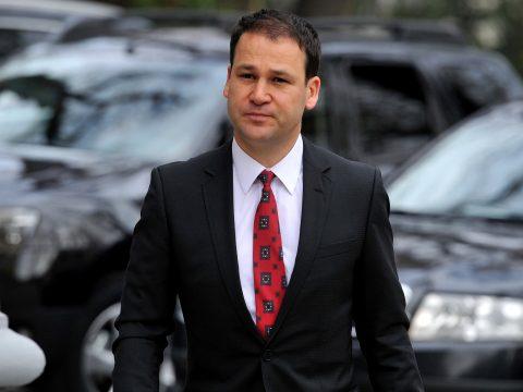 A PSD egyik alelnöke szerint a pártnak át kellene engednie a kormányzást