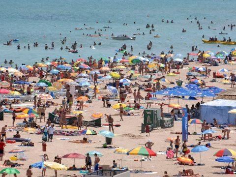 Az uniós állampolgárok közül a romániaik szánják a legkisebb összeget üdülésre