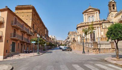 Egy euróért kínáltak lakásokat Szicíliában