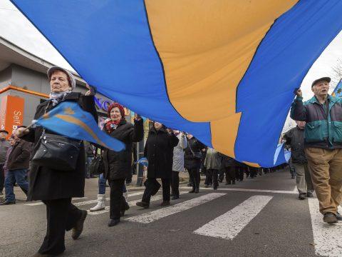 Összefognak az erdélyi magyar pártok a nemzeti régiók polgári kezdeményezés sikeréért
