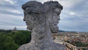 A Római Magyar Akadémia tetődísze