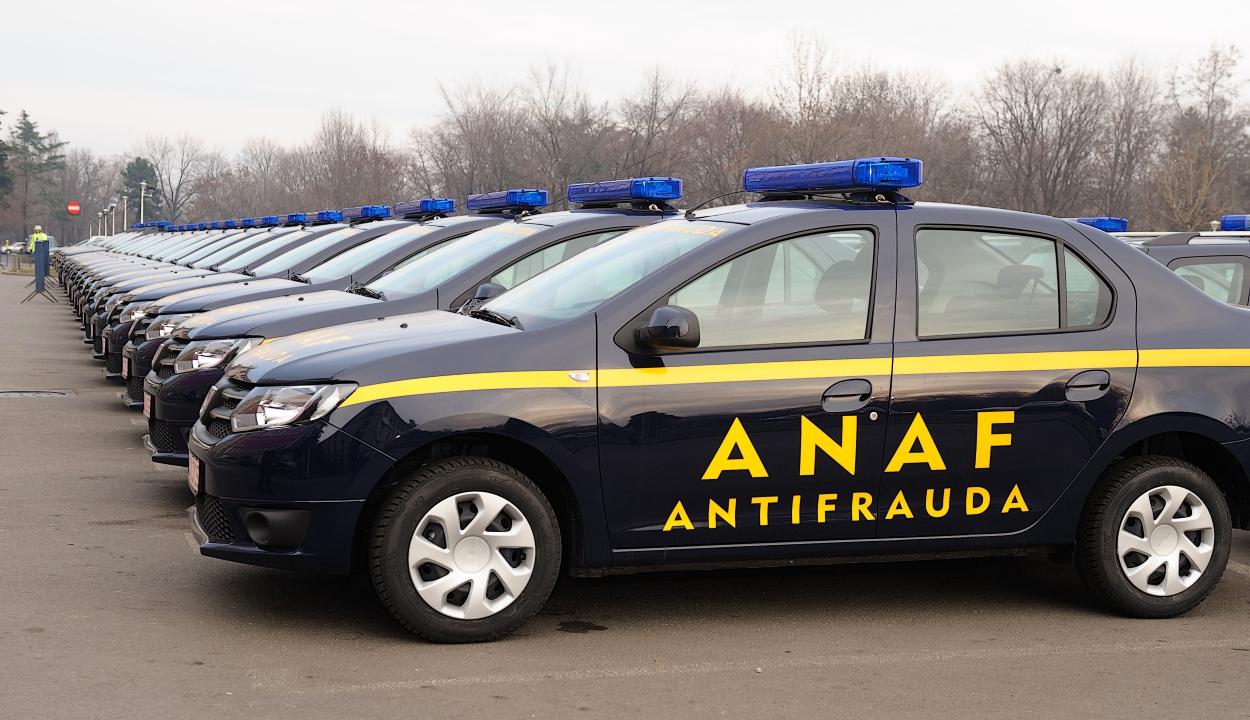 Nem közlekedhetnek többé kék fényjelzéssel az ANAF és a legfőbb ügyészség autói