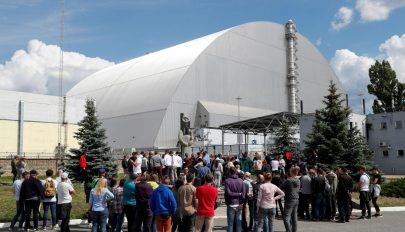 Megnyitják a civilek előtt a csernobili vezérlőtermet