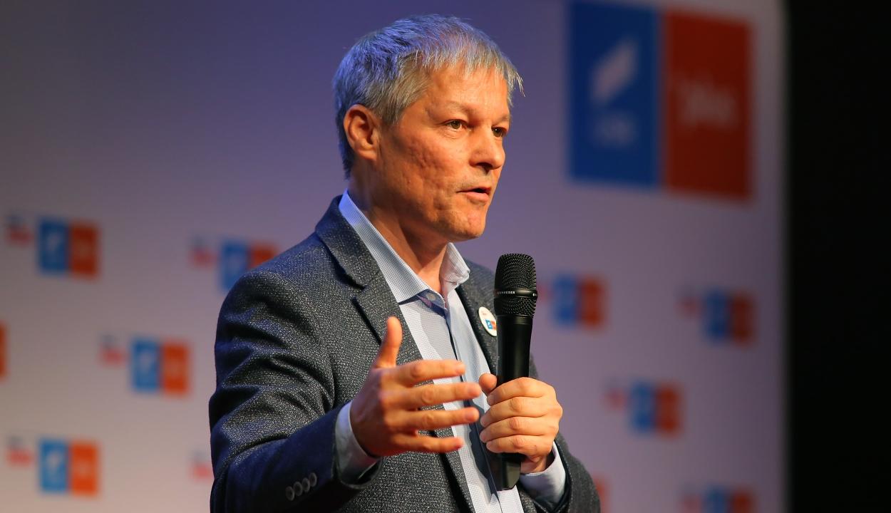 Cioloş: az USR – PLUS fúzióra a parlamenti választások után kerülhet sor