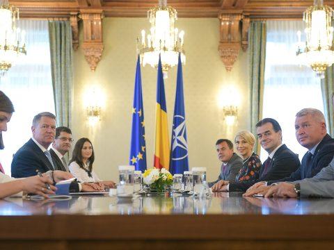 Johannis a pártokkal konzultál az igazságügyi referendum eredményének gyakorlatba ültetéséről