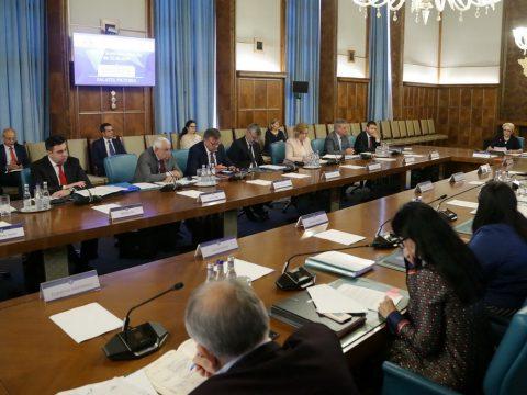 Sürgősségi rendelettel léptette hatályba a kormány az új közigazgatási kódexet