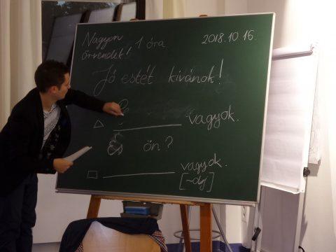 Dél-romániai szórvány magyaroknak indít nyelvtanfolyamot egy kolozsvári egyesület