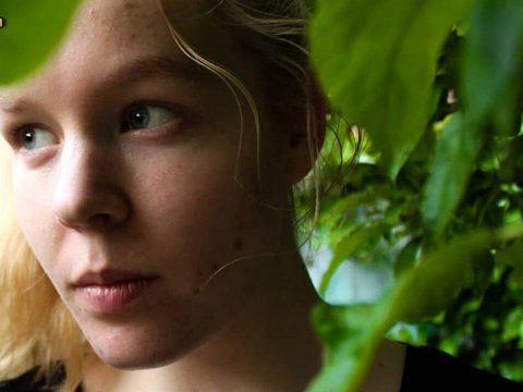 Az eutanáziát választotta a 17 éves lány, akit megerőszakolt két férfi