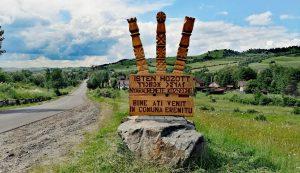 1218 kilométert tekert Münchentől, amíg elérte az első székely település, Nyárádremete bejáratát