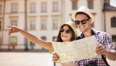 Több mint 10 millió turistát fogadtak októberig a szállásadók