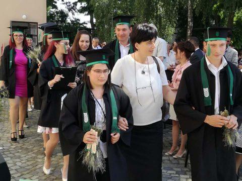 Hatvan év után magyarul