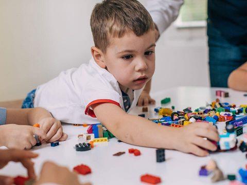 Korábban felismerhetjük az autizmust