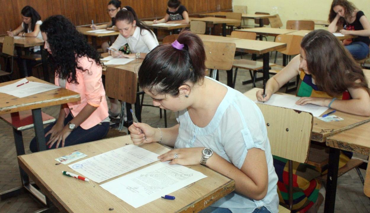 Gyakorlóteszteket tettek közzé az országos vizsgákra készülő tanulók számára