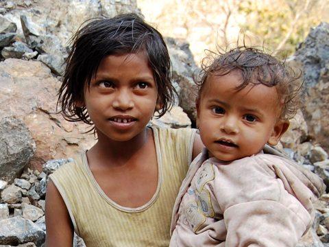 Világszerte húszmillió gyerek nem jutott tavaly életmentő védőoltásokhoz
