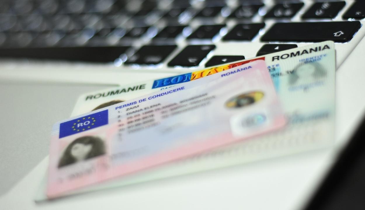 Jövőre bevezetik az elektronikus személyi igazolványokat
