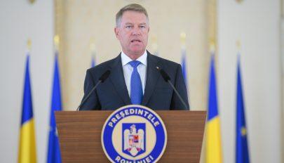 Johannis: a PSD-kormánynak már rég távoznia kellett volna