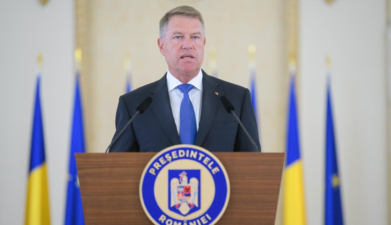 Felmérés: az elnökválasztást Johannis, a parlamenti választást az USR-PLUS nyerné