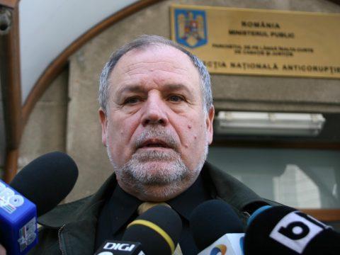 Háborús propagandával vádolja Kelemen Hunort a volt román vezérkari főnök