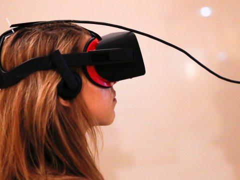 Virtuális valóságon alapuló módszert teszteltek a kábítószer-függőség kezelésére Kínában