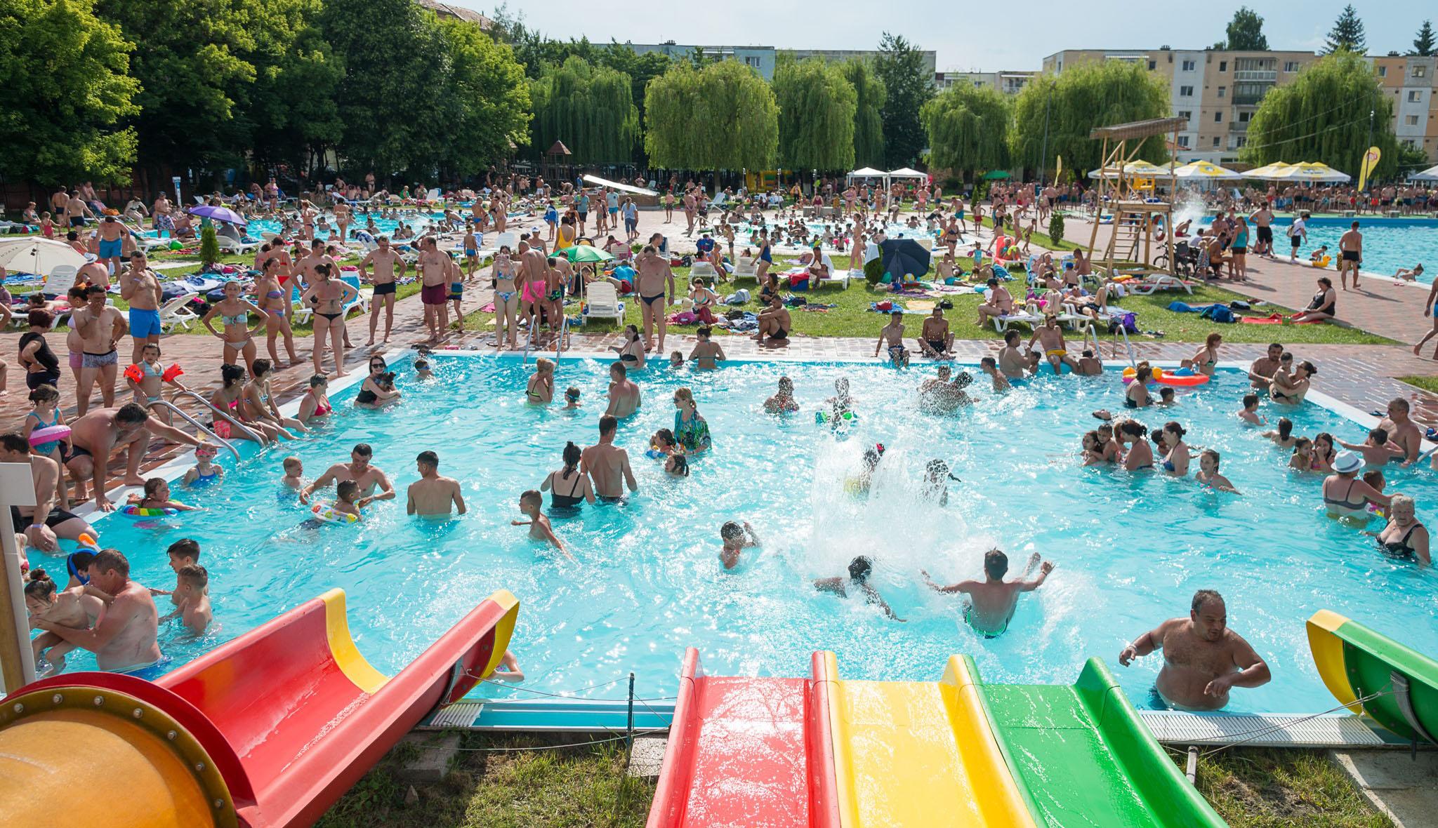 Vela: a medencék, fürdők nem nyitnak ki június 1-jétől